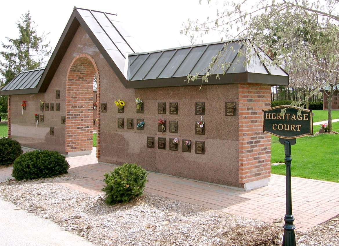 Many cemetery memorial options